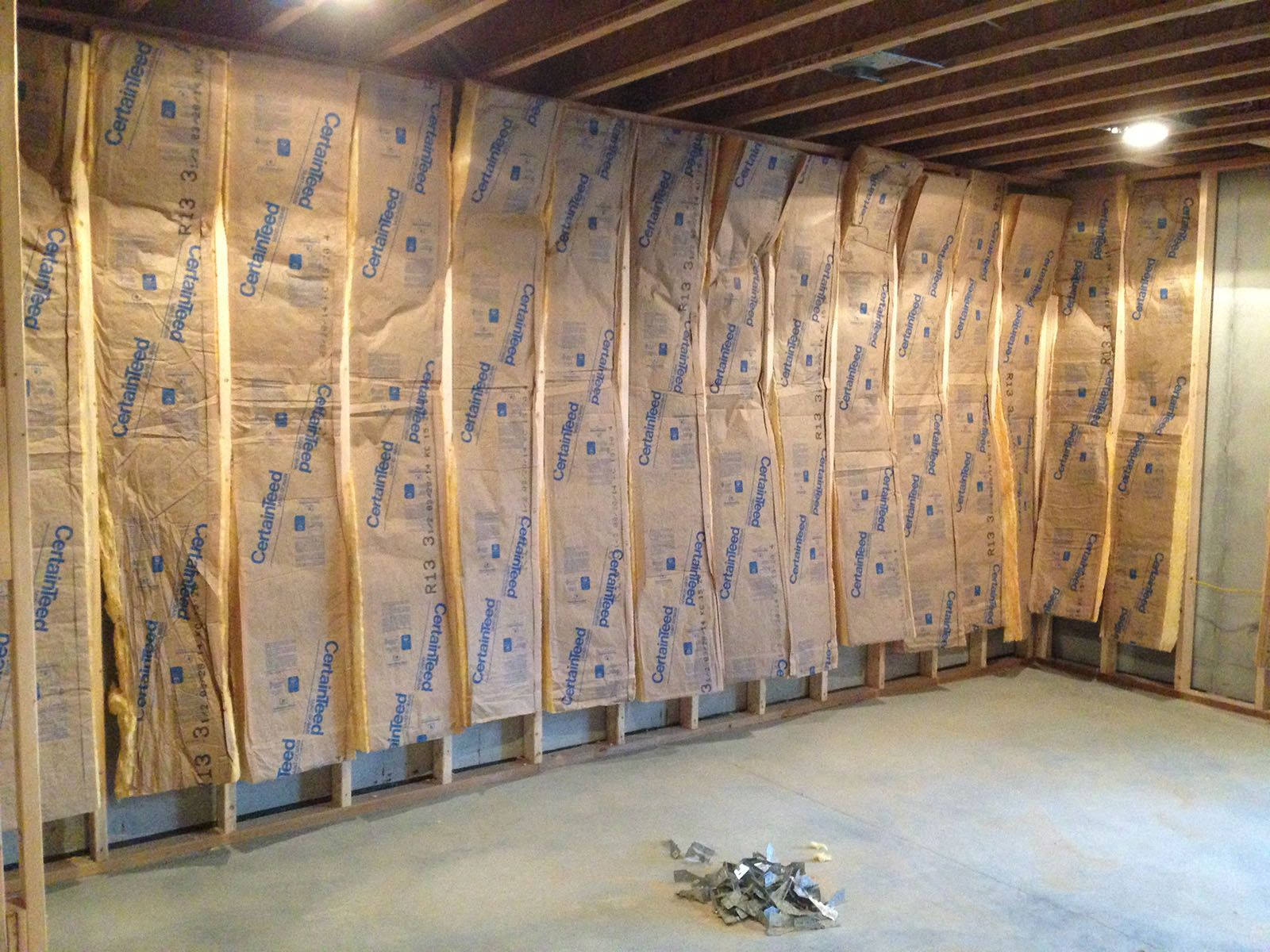 Insulating Basement Walls Cost Contractor Quotes Earlyexperts